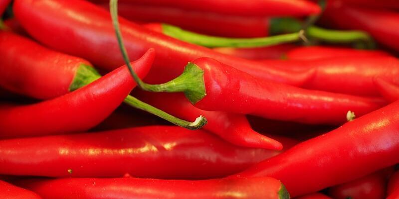 Acı kırmızı biber kalp krizi ve inme riskini azaltabilir