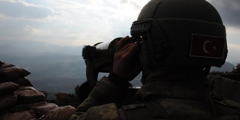 Çözülme devam ediyor! 2 PKK'lı terörist teslim oldu