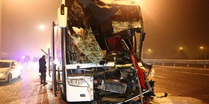 Yolcu otobüsü kaza yaptı!