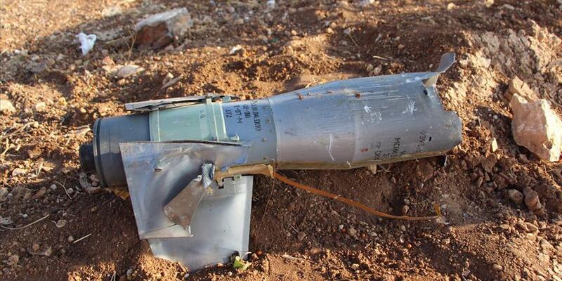 Türkiye sınırına balistik füze düştü