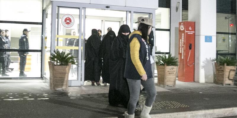 Hol Kampı'ndan kaçan DEAŞ'lı 7 kadın Hatay'da teslim oldu