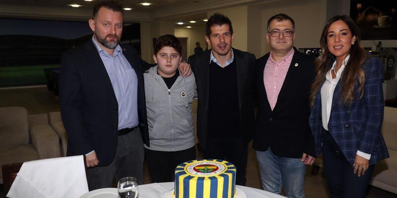 Emre Belözoğlu, 'WinWin' projesi talihlisiyle buluştu