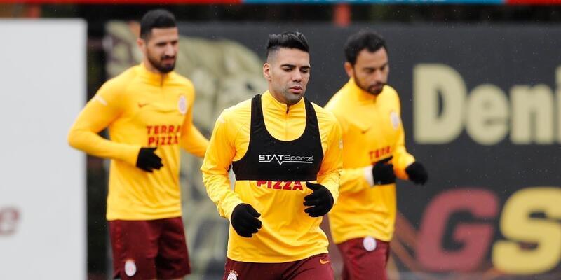 Galatasaray'a 3 futbolcudan güzel haber