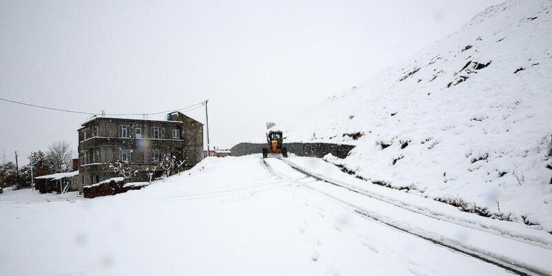 Bingöl ve Şırnak'ta 109 köye ulaşım kesildi