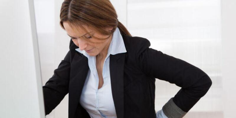 Her 3 ofis çalışanından 1'i bel ağrısı yaşıyor