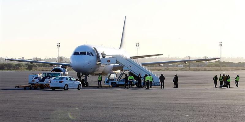 Mitiga Havalimanı'na saldırı: Bir sivil öldü