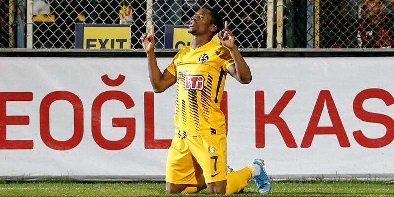 Galatasaray'ın üçüncü transferi de belli oldu!