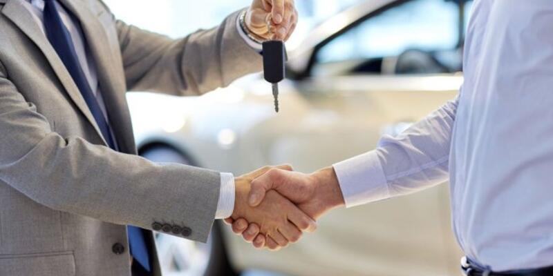 Otomobil ve hafif ticari satışları önemli ölçüde azaldı