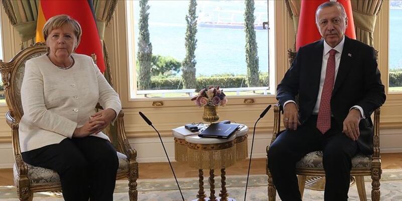 Son dakika... Cumhurbaşkanı Erdoğan, Merkel ile görüştü