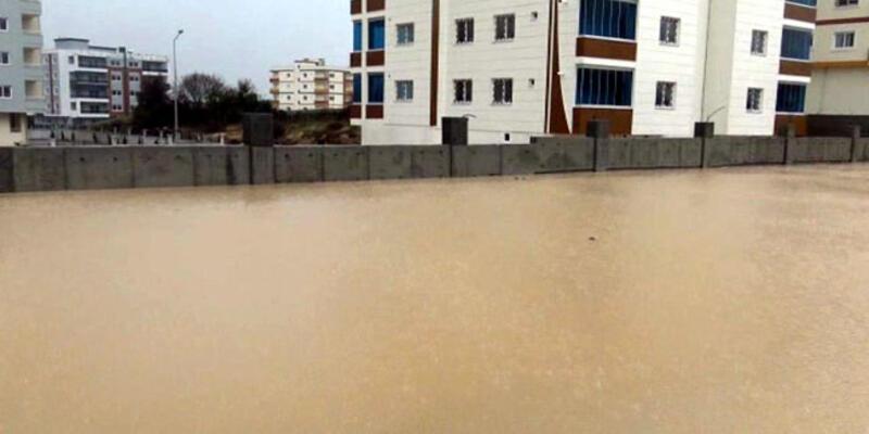 Tatil edilen okulu su bastı, tatil bir gün daha uzatıldı