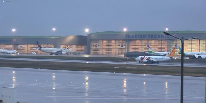 Sabiha Gökçen'in kapalı olduğu saatlerde İstanbul Havalimanı'na 50 uçak indi