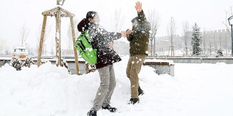 Karabük'te bir ilçede okullar tatil edildi