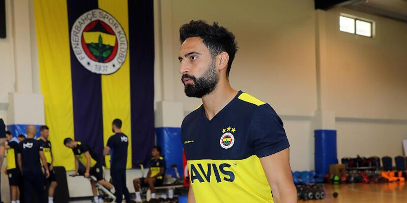 Mehmet Ekici Fenerbahçe'de kalacak
