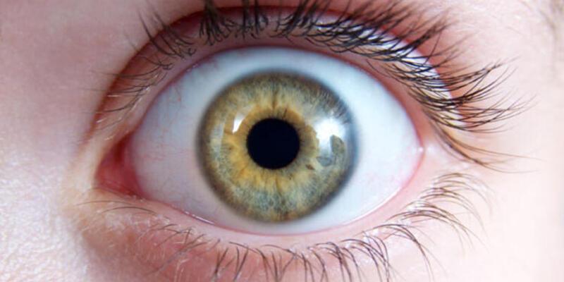 Göz kapak problemleri yüz ifadesini etkiliyor