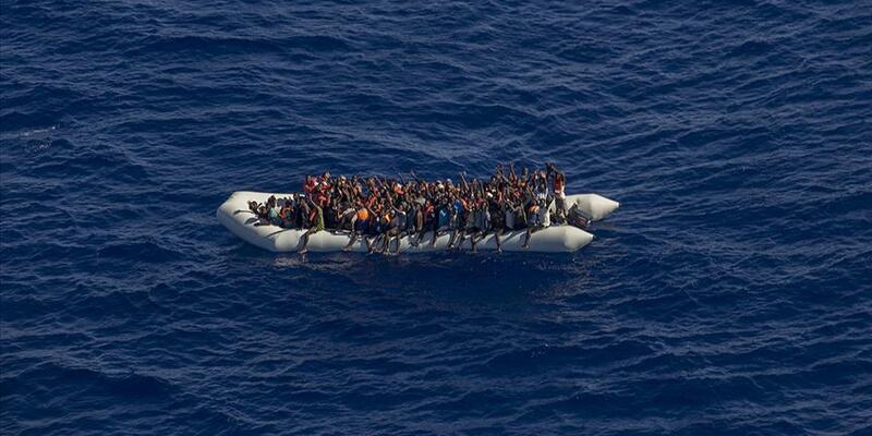 İyon Denizi'nde 12 göçmen yaşamını yitirdi
