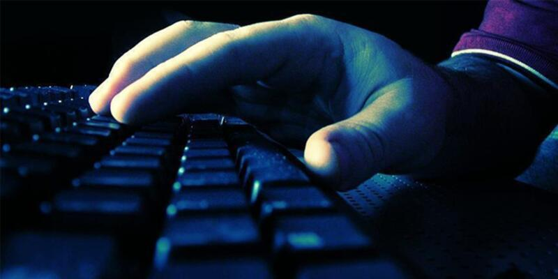 Yunanistan'a hacker şoku