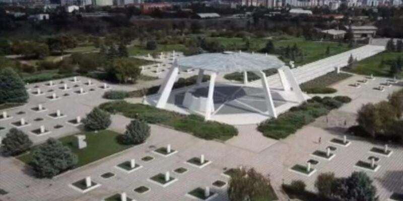 Eşlerin 'Devlet mezarlığı'na defnini öngören kanun teklifi Meclis'te