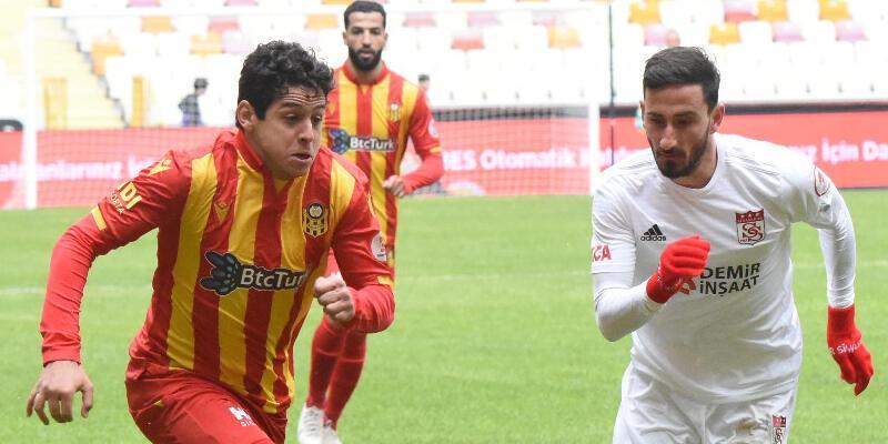Lider Sivasspor kupada da turladı