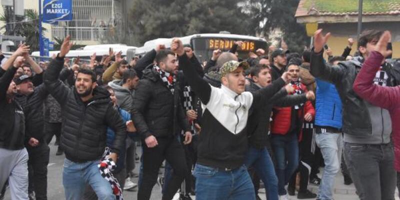 Beşiktaşlı taraftarlar arasında arbede çıktı