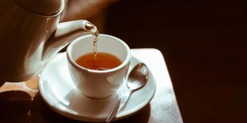 Fazla çay içmek gırtlak kanserine sebep olur mu?