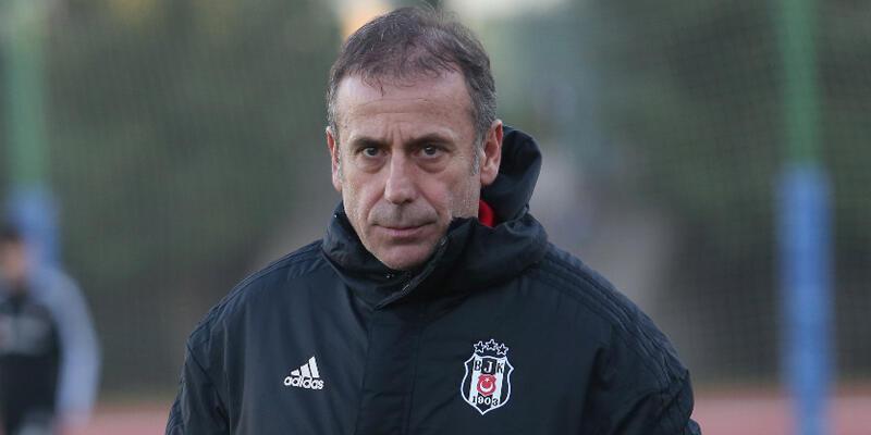 Beşiktaş Abdullah Avcı'nın sözleşmesini feshetti