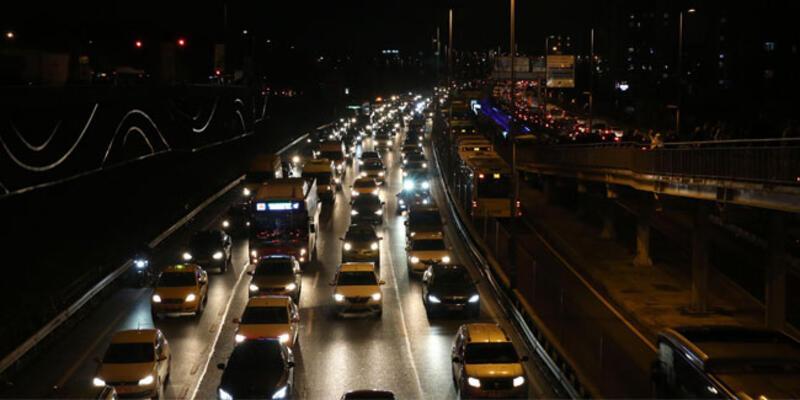 İstanbul'da trafik yoğunluğu yüzde 83'e ulaştı