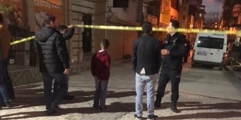 İzmir'de vahşet: Hamile kadın ve oğlu evlerinde ölü bulundu