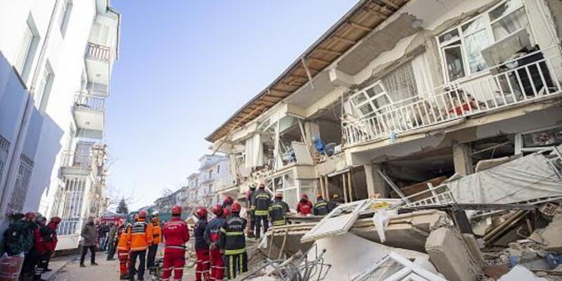 Son dakika... Elazığ'ın tamamında ve Malatya'nın 3 ilçesinde yarıyıl tatili 17 Şubat'a kadar uzatıldı