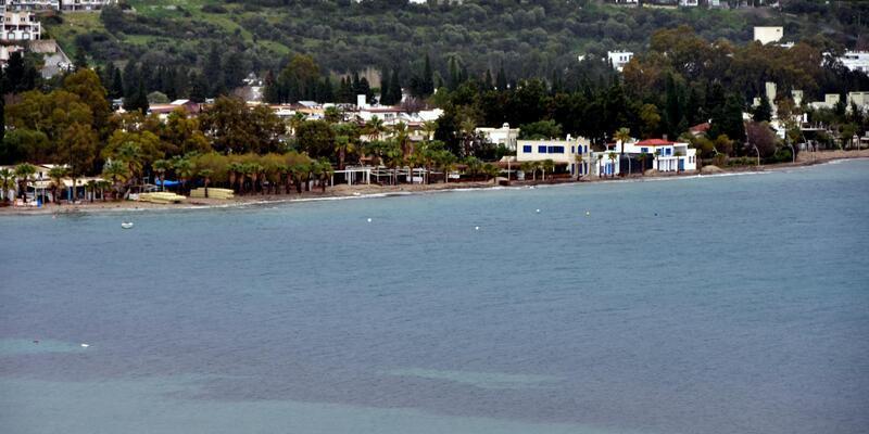 Bodrum'da denizin rengi kahverengiye döndü