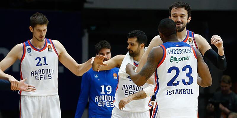 Basketbolda Türk takımları Avrupa'nın zirvesinde