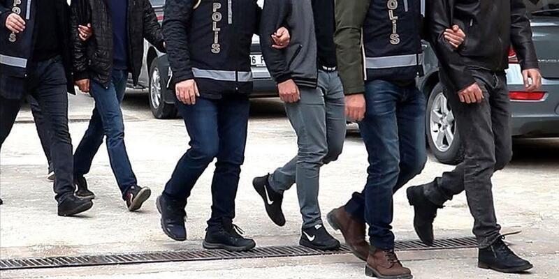 4 ilde eş zamanlı FETÖ operasyonu! 14 kişi yakalandı