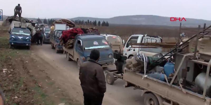 Suriyelilerin İdlib'den kaçışı böyle görüntülendi