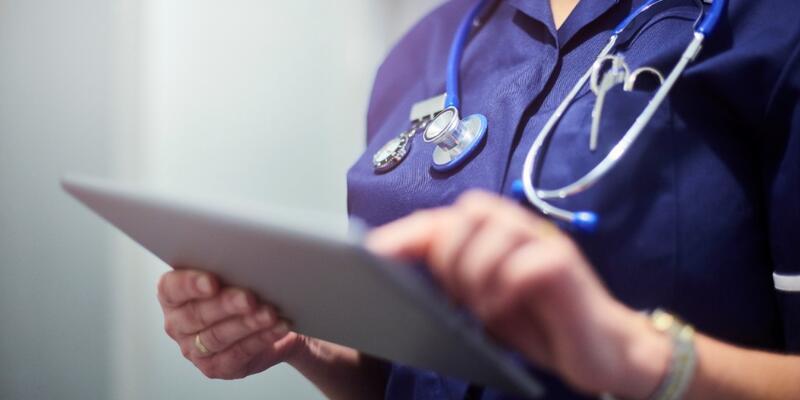 8 bin 844 sözleşmeli sağlık personeli ilanı Resmi Gazete'de