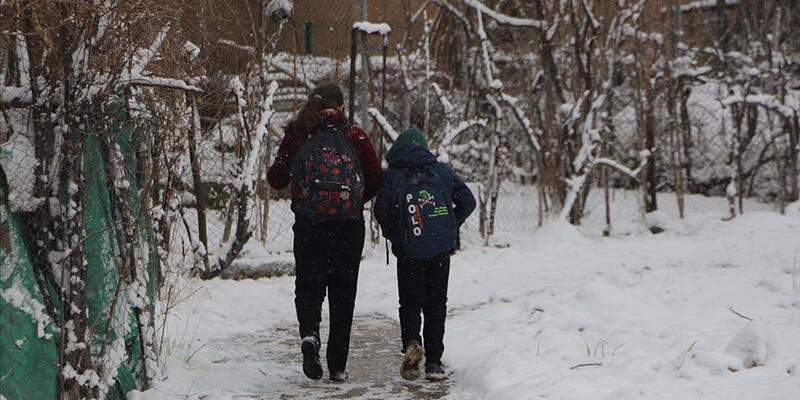 Şanlıurfa'da kar nedeniyle eğitime verilen ara uzatıldı