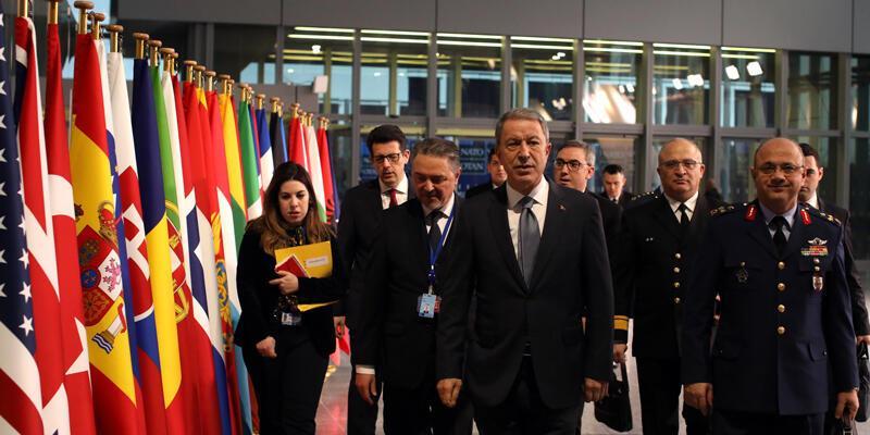 Milli Savunma Bakanı Akar, NATO Karargahı'nda