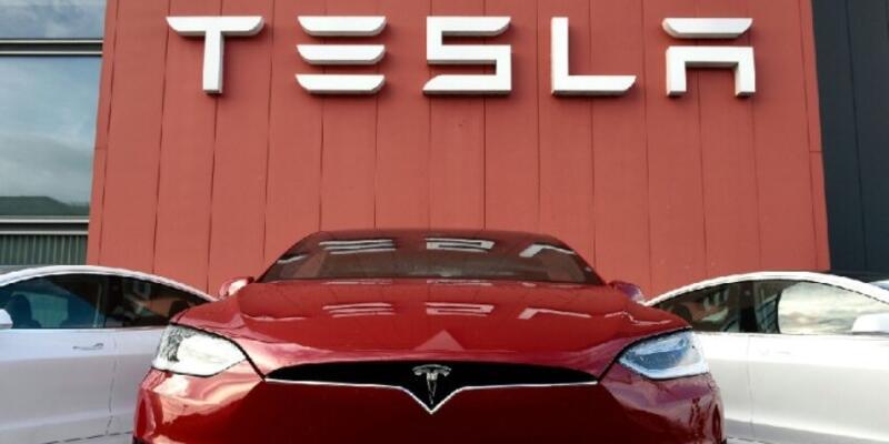 Almanya'nın Tesla fabrikası ilginç bir karara imza attı