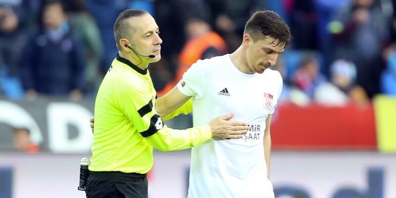 Cüneyt Çakır'a kritik maç