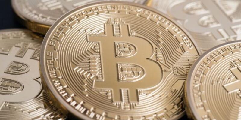 Bitcoin ile 300 milyon doları akladı