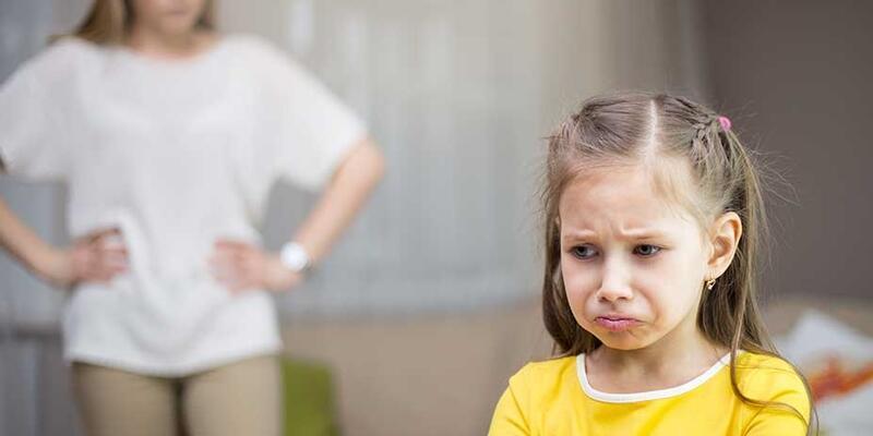 Uzmanlar uyarıyor: Çocuğunuza küsmeyin
