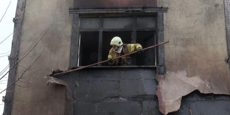 Yangında  mahsur kalanları itfaiye kurtardı
