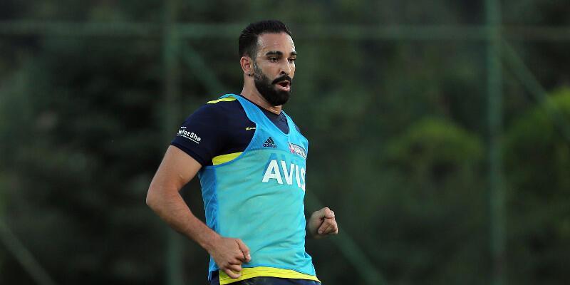 Adil Rami FC Sochi'ye transfer oldu