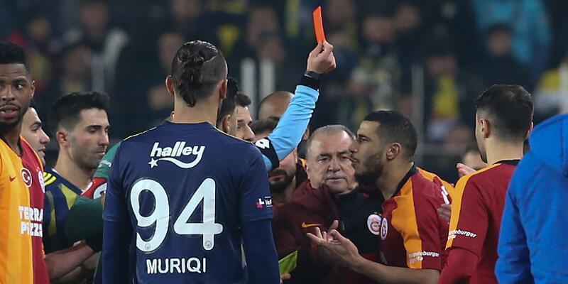 Fenerbahçe-Galatasaray derbisinde kart rekoru kırıldı
