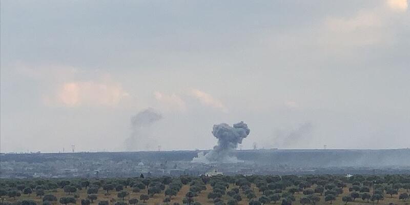 Son dakika... Rus savaş uçakları, İdlib'de 18 sivil yerleşime hava saldırısı düzenliyor