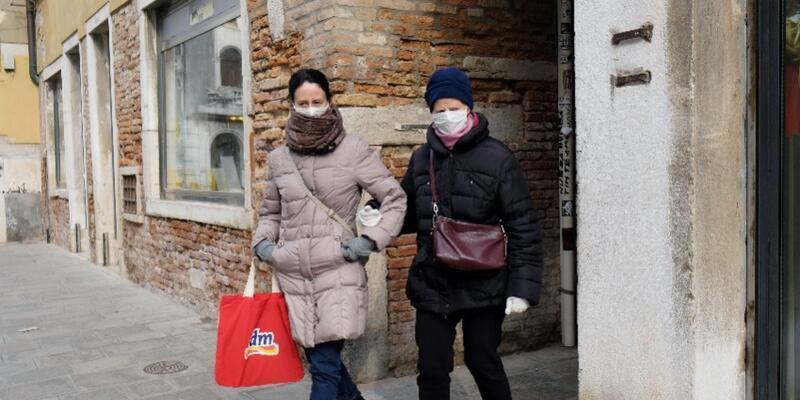 Koronavirüs İtalya'daki yüzme organizasyonunu iptal ettirdi