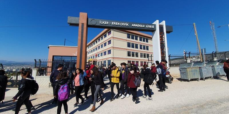 Öğrenciler zehirlendi, okul tatil edildi