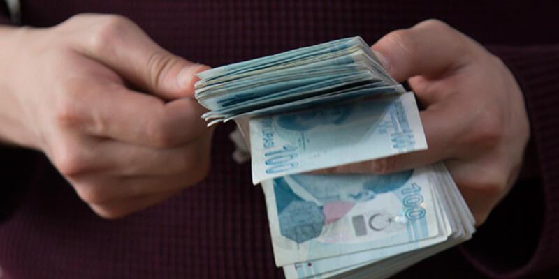 """Cumhurbaşkanı Erdoğan'dan """"emekli maaşlarından kesinti"""" iddiasına yanıt"""