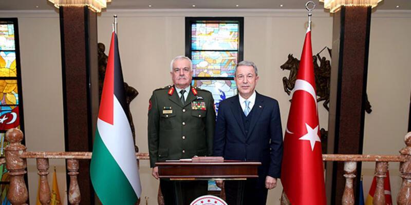 Bakan Akar, Ürdün Genelkurmay Başkanını kabul etti