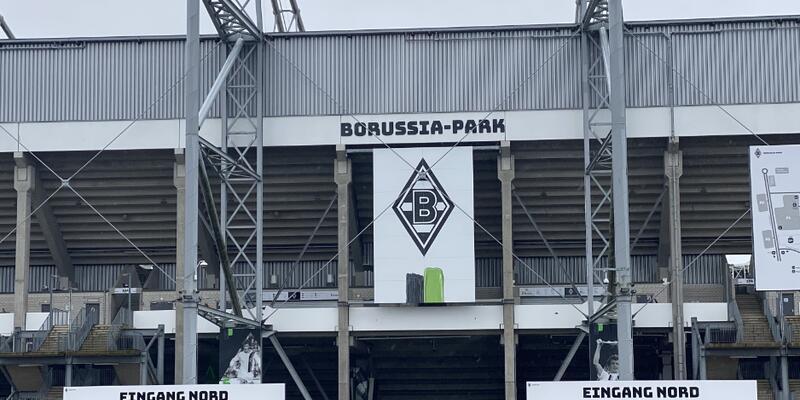 Mönchengladbach-Köln maçı koronavirüs nedeniyle seyircisiz oynanacak