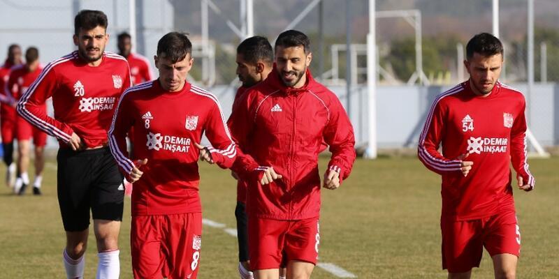 Sivasspor'da futbolculara yurt dışı yasağı