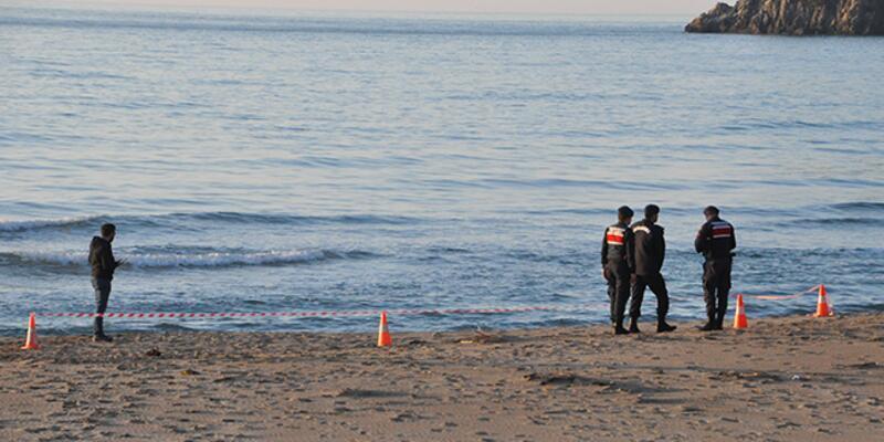 Bartın'da, sahilde erkek cesedi bulundu